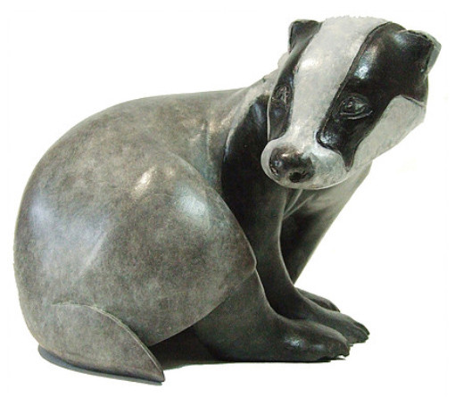 Ama Menec Badger sculpture